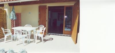 maison locations de vacances St Martin de Bromes